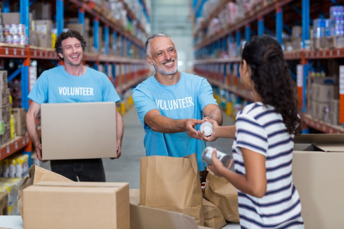 Volunteer Food Drive